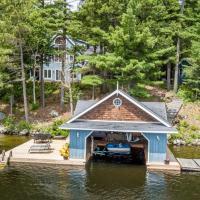 Life in Balance Fabulous Lake Rosseau 5 bed cottage, hotel em Rosseau