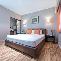 Court Meridian Hotel & Suites, hotel sa Olongapo