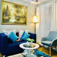 Charming and Cozy 2 Bedroom condominium in Pasig wih Wifi, hotel sa Maynila