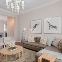 Modern Apartment in Rosebank