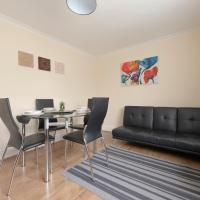 Serviced Accommodation near London and Stansted - 3 bedrooms, hotel in Harlow