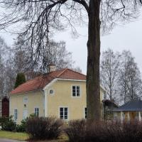 Isaksbo herrgård, hotell i Krylbo