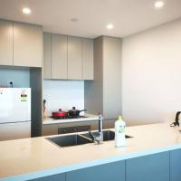 Modern apartment+office w Parking @ Olympic Park