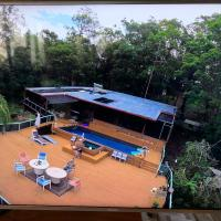 Where the forest meets the Sea on the Gold Coast, hotel in Tallebudgera