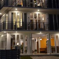 House On The Bend, hotel in Hiriketiya