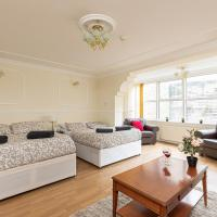 Accommodation near Canary Wharf and City of London