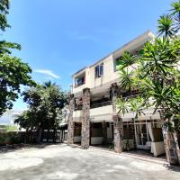 Pereybere Beach Apartments, hotel in Pereybere