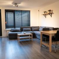 1 Luxury 4 bedroom house near feyenoord and Ahoy Rotterdam, hotel in Rotterdam