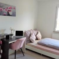 Stilvolles & komfortables Zimmer 1