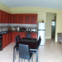 Hidden Gem Apartments (No.5), hotel in Castries