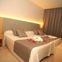 Hotel Golden, ξενοδοχείο σε Μπενιντόρμ