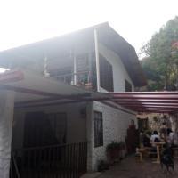 Finca Albergue Los Curos, hotel in Ubaque