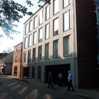 Museum Court V
