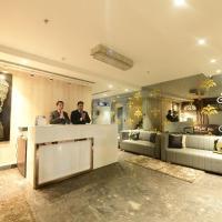 Golden Lagoon Gin Hotel