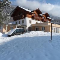 Pension Maier, hotel in Flattach