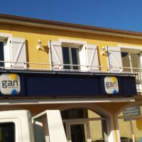 logis SAINT AUSTREMOINE, hotel in Issoire