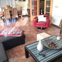 House with 4 bedrooms in Quintanilla del Agua with furnished terrace, hotel in Quintanilla del Agua