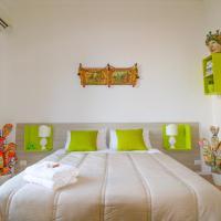 B&B THE PALACE and Apartments, hotell i Santo Stefano di Camastra