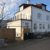 Big and beautiful Villa in Nyhamnsläge, hotel in Nyhamnsläge