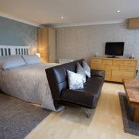 Highridge Apartment, hotel in Wooler