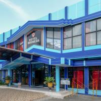 RedDoorz Plus Syariah near Stasiun Pekalongan 2, hotel in Pekalongan
