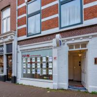 Modern Apartment in Den Haag with Forest Nearby
