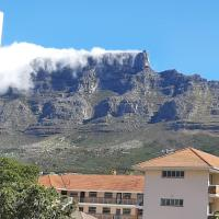 Comfortable - Convenient - and Highly Rated, hotel in Tamboerskloof, Cape Town