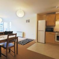 Bingley Court - Open plan apartment near Canterbury East Station