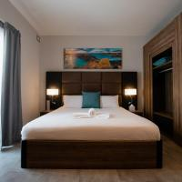 Pebbles Resort, hotel in St Paul's Bay