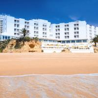 Holiday Inn Algarve - Armação de Pêra, an IHG Hotel, hotel em Armação de Pêra