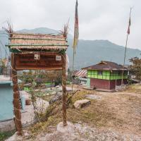 NotOnMap - Dibongo Homestay, hotel in Mangan
