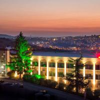 Park Hotel RAYA Garden, hotel in Veliko Tŭrnovo