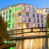 Holiday Inn London Camden Lock, an IHG Hotel, hotel in Camden Town, London