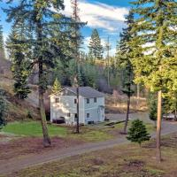 6 Acre Wilderness Retreat, hotel in Cle Elum