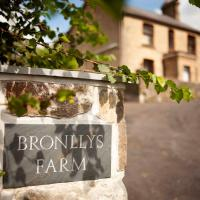 Bronllys Farm Coastal Self-Catering, hotel in Llanelli