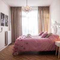 Casa More Rotterdam - luxueus compleet appartement in hippe buurt vlakbij centrum, отель рядом с аэропортом Аэропорт Роттердам-Гаага - RTM в Роттердаме