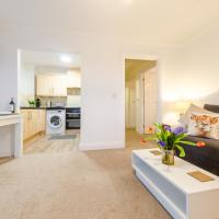Colchester 2 bed apt sleeps 6, close to main station, hospital, town centre