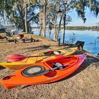 Airy Lake Pamona Paradise - Fish, Swim, Kayak!