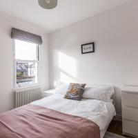Perfect base for every traveller Stratford Apartment