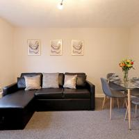 Spacious 2 Bedroom Cosy Apartment - Close to Station!