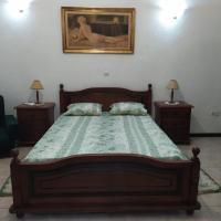 Comfortable Huge Room in center of Praia