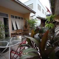 Baan Vaneeda antique garden house