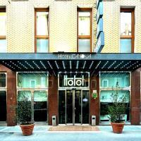 Canova Hotel, hotel a Milà