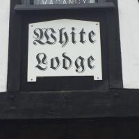 White Lodge Guest House, hotel in Spalding