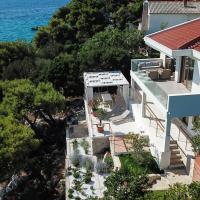 Villa Stina - with private beach