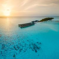 Summer Island Maldives Resort, hotel in North Male Atoll