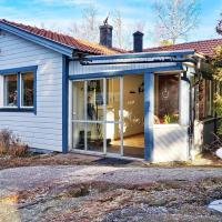 Holiday home NORRTÄLJE IV, hotell i Norrtälje