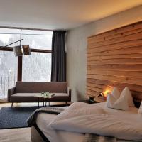 Hotel Lux Alpinae, hotel in Sankt Anton am Arlberg