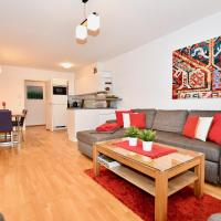 Apartment Mountain Panorama by Z-K-H Rentals
