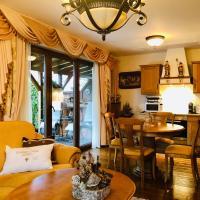 Golden GaPa Family Apartment 23